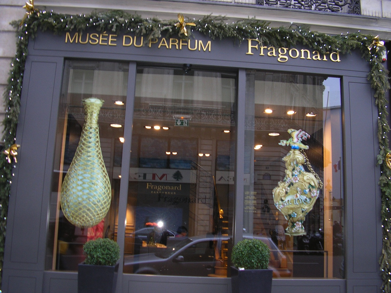 Happy new year from paris paris adventure blog - Fragonard musee du parfum ...